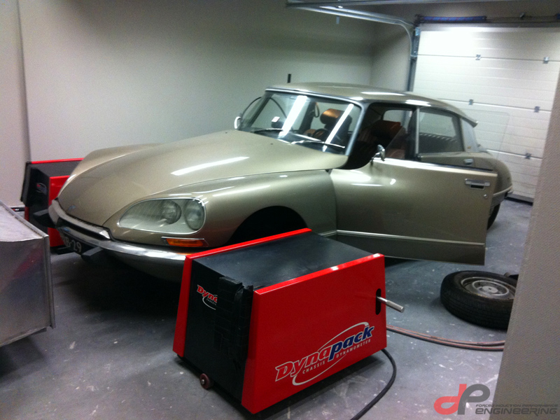 Citroen DS on the dyno