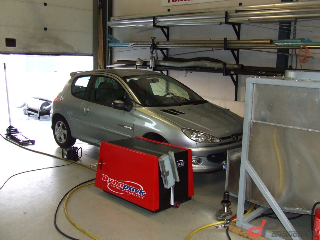 Calibrating the Vems programmable management system on the dyno